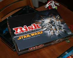 Star Wars Risk, The Box